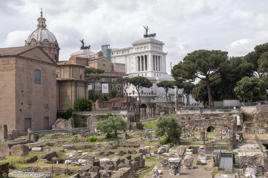 Forum de César et monument à Vittorio Emanuele II