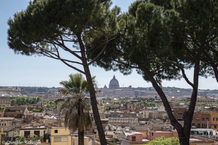 Rome et la basilique Saint-Pierre depuis le Pincius
